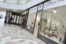 Prodejna obuvi v pasáži / http://www.kintex.cz/cz/19-KOMERCNI-INTERIERY/42-Prodejny-a-obchody