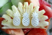pineapple crush / Got a crush on all things pineapple? Lots of delicious tropical treats in store for you here.