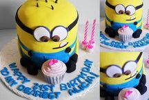 Cake decorating / by Bette Jean