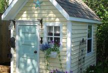 Garden - Houses & Potting Sheds