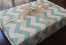 Gift Wrap ideas / I adore beautifully wrapped gifts. Below are some of my favorites! For more on party themes, DIY décor and great deals, visit us at inspiredparties.weebly.com!