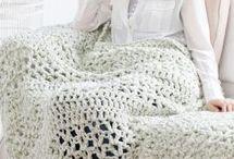 Crochet & knitted blankets