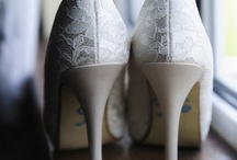Wedding  / All the wedding theme, color, and detail ideas / by Vanessa Driskell