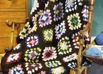 Crochet Blanket Patterns / This board has a collection of crochet afghans, bedspreads, baby blankets, and other blanket patterns.