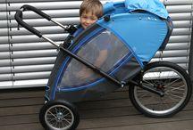 Modrá verze kočárku - první kus / Představení prvního kusu modro-šedé kombinace čalounění.