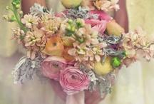 Bodacious Bouquets / #wedding #bridal #bouquets #flowers #inspo