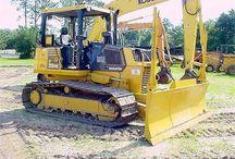 Komatsu equipment / Equipment reviewed by Contrafed