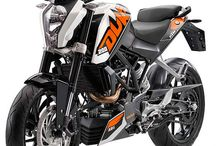 Moto / starting off with the KTM Duke 200