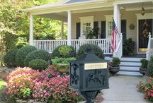 Mailboxes and Curb Appeal / Selling or staying in your home, it makes no difference – everyone wants a home that looks great from the curb. Curb appeal comes together when all the elements of a home's facade are in good shape and working together.  We have the answer to those shabby, scuffed mailboxes! A beautiful mailbox can significantly add value to a home's overall curb appeal. Our Beautiful mailboxes are an inexpensive quick fix to your curb issues!