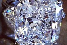 Pietre si cristale