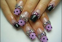Nails / by Cicile Smith Fhy
