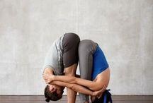 Páros jógagyakorlatok / A mozgás harmóniába hoz