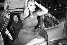 Девушки и авто 50е-60е года