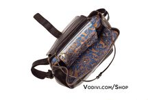 """Renaissance Braids Collection / For Montefeltro, Vodivì has created """"Renaissance Braids – the land of the Giocanda"""", the capsule – collection of leather handbags naturally tanned and rust printed, enriched by decorations in ceramic of Casteldurante and painted by hand."""