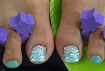 Toes / by Angie Leon