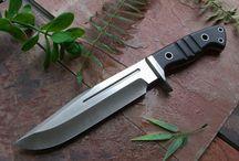 Nože.