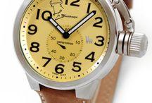 Relojes autenticos / Complementos originales y que nos diferencian, no solo son bonitos, animan a acercarse y cogerlo para observarlo bien... despiertan curiosidas.