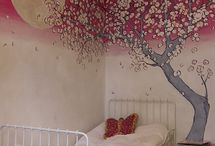 walls / by Maria Adela Retes