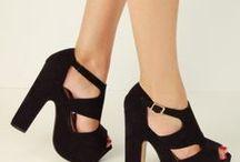 tacones o zapatos