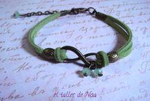 Pulseras Col. Infinit Bracelet / Color + infinito + cristal = colección Infinit Bracelet  con un nuevo toque para una nueva temporada.