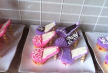 sweet tooth / by Christine Applegate Flynn