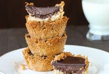 """Best Vegan Dessert Recipes EVER / The best Vegan Desserts the web has to offer!  All welcomed to Contribute! Want to be a contributor?  1. Follow my Profile 2. Follow this board 3. Email me at Tspofjasmin@gmail.com 4. Include """"Vegan Desserts board"""" in subject line 5. Include your email address associated with Pinterest account and link to profile. 6. 3 Pins per day 7. *SPAMMERS WILL BE REMOVED*  HAPPY PINNING! :)"""
