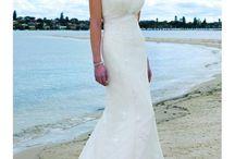Vestidos de novia para una boda en la playa / Para la playa