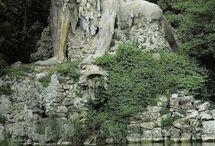 Sochy Statues