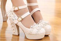 Pantofi (Shoes)