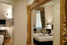 Crossing Condotti / Rooms in Rome http://www.charmhotelsweb.com/en/hotel/IT032