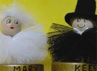 Wedding Cards & Crafts / Ideas to make cards, stationery and gifts for the bride & groom.