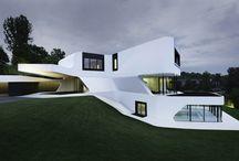 Villa Dupli Casa / Eine elegante Bauhausvilla in der Nähe von Ludwigsburg. Inspirierende Architektur, mit Pool, Hallenbad, Schlafzimmer, Wohnzimmer, Garten, etc.