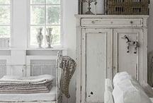 Winter white rooms