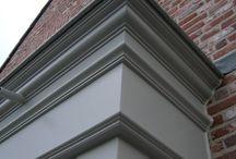 Mólduras y perfiles Arquitectónicos de exteriores / Todo tipo de perfiles y molduras de exteriores, para paredes, puertas y columnas.