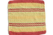knit/crochet washcloths / by Tina Niesen