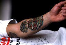 Tattoo / public