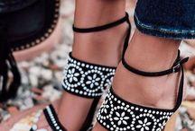 Szandàlok,cipők,csizmàk
