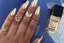 Nails on fleek ✨✨✨