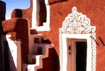 Spazi e Architetture / Luoghi forme e oggetti del vivere