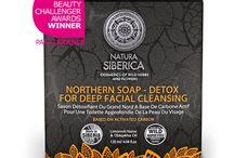 Skincare / Prodotti per la cura del viso