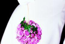 Mariage / La rose est la fleurs préférée des mariés. Sa symbolique, son infinie diversité en font la fleur idéale de votre mariage. Au nom de la rose fleurit votre mariage : culte, réception, dîner