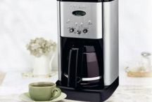 Best Drip Coffee Maker Reviews 2015 / The early French men had very many innovations of coffee-making process. They came up with a French drip-pot for brewing and filtering coffee. They achieved this by arranging two chambers one over the other with a filter in between. Since then, there has been many Drip Coffee Maker Reviews.