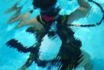 Ponor na zkoušku Brno / Všichni rádi sledujeme podmořský svět v televizní obrazovce. Jsou ale tací, kteří na každé dovolené neváhají, nasadí brýle a šnorchl a pozorují vše vlastníma očima. Chcete se potápět v azurovém světě ticha a zažívat dobrodružství s mořskými živočichy? Pojďte vyzkoušet Váš první nádech pod vodní hladinou v největším plaveckém bazénu v Brně při ponoru na zkoušku a pak se uvidí!  http://www.impresio.eu/zazitek/ponor-na-zkousku-brno