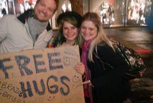 Free Hugs - Focallocal.org