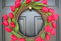 Crafts: Wreaths / by Karen Turner