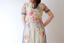 Knee/Tea-length dress