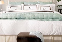 Dreamy Bedrooms / by Debbie Cook
