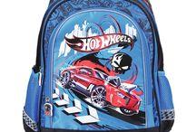 Plecaki szkolne dla chłopców / O plecakach szkolnych dla chłopców