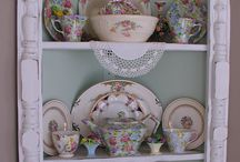 China Displays / by Leslie Young