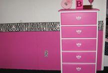 black, white, pink bedroom